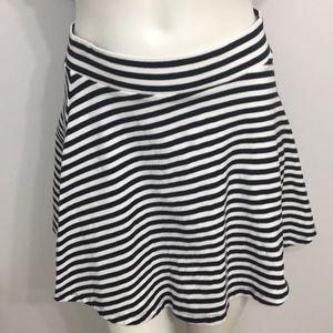 H&M Divided Basic Black/White Stripes Skirt Small